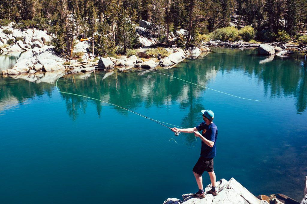 Angler beim Fliegenfischen am Verdon