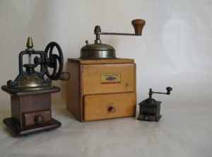 antike Kaffeemühlen
