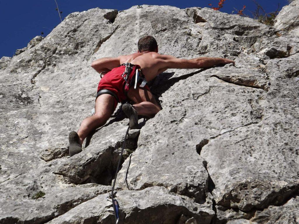 Kletterer am Felsen