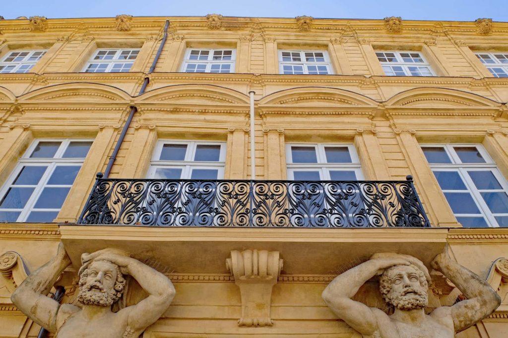 Aix: Fassade eines Herrenhauses